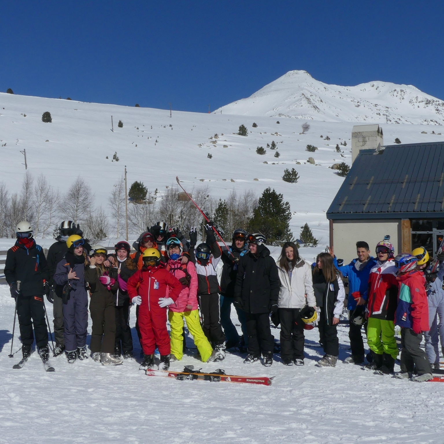 photo de groupe au ski
